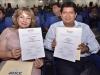 Luis Flores Roberts y Paola Terrazas Justiniano exhiben sus credenciales como Gobernador y Vicegobernadora del Departamento. | Foto GADP