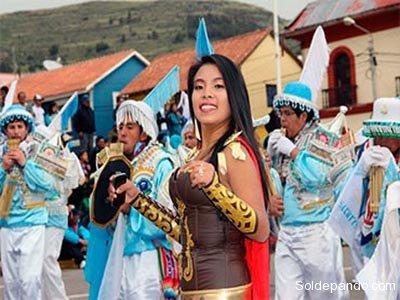 Los Siku Morenos de Puno son el antecedente indígena de La Morenada mestiza.   Foto Archivo