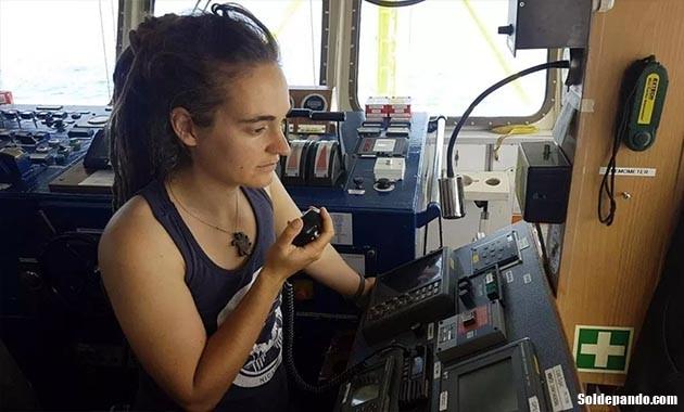 GALERÍA | Carola a bordo