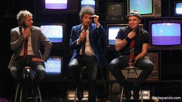 "Charly Alberti, Gustavo Cerati y Zeta Bosio durante un efímero re-encuentro de Soda Stereo para la gira ""Me verás volver"" a fines del 2007.   Foto AP"