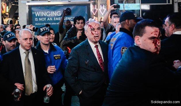 """Bratton calificó a Ibañez como un """"agitador profesional"""" y quiere ver encerrado al activista boliviano en la cárcel de Rikers Island, """"si logramos un enjuiciamiento exitoso"""".    Foto NBC"""