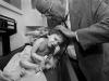Lawrence Pakula, su pediatra, describe a Brooke como si tuviera entre 6 y 12 meses en altura y peso. Las uñas y el pelo son las únicas partes del cuerpo que le han crecido con normalidad.