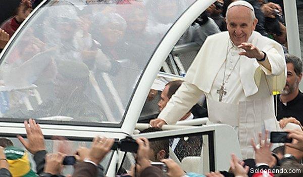Papa em Aparecida