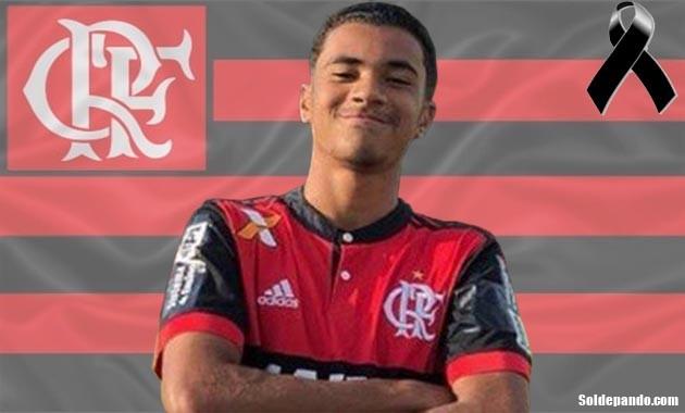 Artur Vinicius   15 años