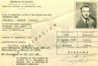 La licencia otorgada al piloto Anibal Arab por la Dirección Nacional de Aeronáutica Civil, 1957.