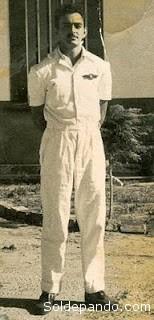 El joven Aníbal Arab en la escuela de pilotos del Brasil.