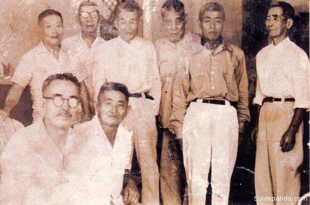 Los patriarcas de la colonia japonesa en Pando, década de los 50: Zenki José Ishiuchi, Tokichi Higashi Kame, Kasuzo Nishida San, José Shimokawa, entre otros.
