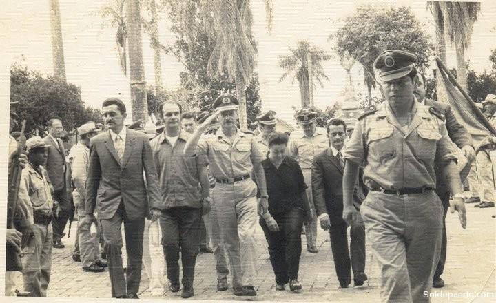 """El dictador Banzer durante una de sus frecuentes """"visitas"""" a Pando, a mediados de los setenta."""