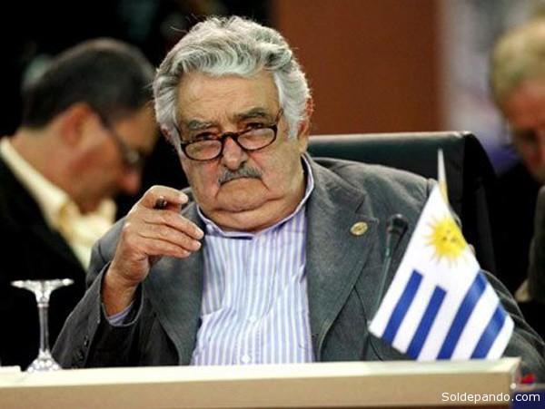El Presidente uruguayo es uno de los impulsores de la reivindicación de Cuba que será anfitriona de la próxima cumbre. | Foto EFE