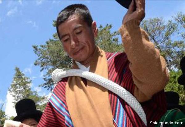 Es el primer magistardo auténticamente indígena en el historia judicial de Bolivia. Polémico y asistémico.