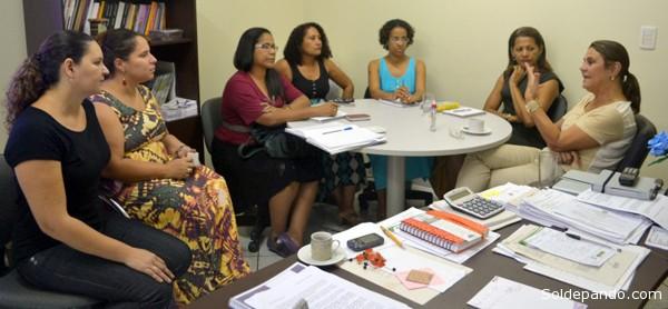 Governo do Estado e prefeitura de Rio Branco discutem promoção de políticas públicas de raça e gênero na capital. | Foto Assessoria SEPMulheres