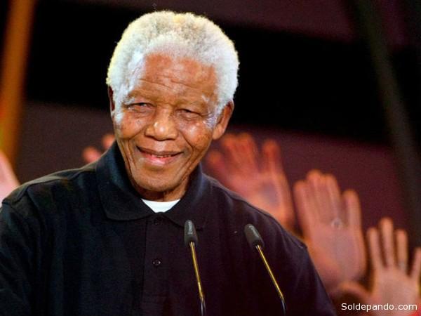 La vida del continente africano del siglo XX no podría entenderse sin la presencia de uno de los luchadores sociales más destacados de estos 100 años y que además tuvo la tenacidad para llegar a convertirse en presidente de Sudáfrica y con eso cambiar el rumbo de la historia.