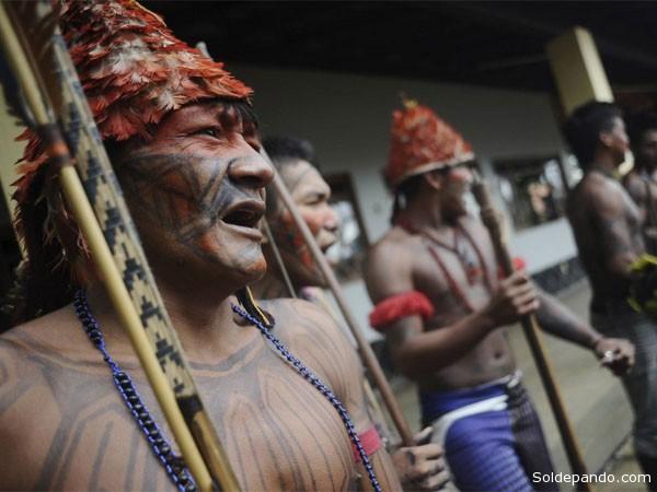 La tribu munduruku es la misma que se opone a las obras de la gigantesca represa de Belo Monte, en el corazón de la selva amazónica, y que ocupó recientemente la sede de la Fundación Nacional del Indio (Funai) en Brasilia.   Foto Reuters