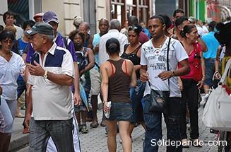 """Cuba se ha """"modernizado"""" lentamente y, para bien o para mal, aún vive a la antigua usanza en muchos aspectos."""
