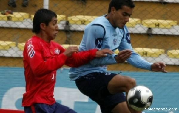 Bolívar en el juego fue más práctico, comenzó a atacar a partir del minuto 20, perdió la opción de abrir el marcador a los 25 minutos. | Foto ANF