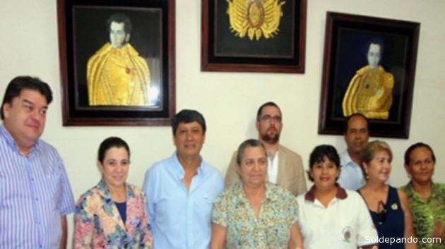 La comisión binacional reunida el pasado 27 de agosto en el despacho del alcalde José Alexander Guzmán.