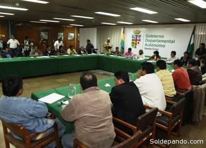 La Comisión de Adecuación del Estatuto cruceño anunció que el tema será analizado entre los 28 legisladores.