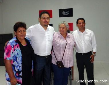 La concejal Hilda Condori y la alcaldesa Ana Lucía Reis en la bienvenida al Gerente General de Toyosa Erik Saavedra y al Gerente Regional de Crown en Pando, Ivo Pereira.