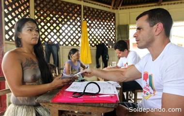 Profissionais do Programa Saúde Itinerante atenderam visitantes  e indígenas que participaram do XXI Festival Yawa, em Tarauacá. | Foro Sérgio Vale