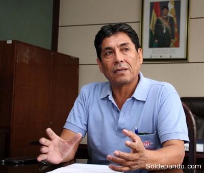 El ingeniero Mario Salazar, Gerente General de Plantas, Proyectos y Petroquímica de YPFB.