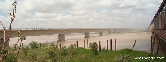 El Puente Pailas, cerca a la ciudad de Santa Cruz, mide 1.400 metros.