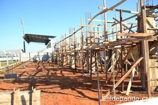 El año 2012 la Municipalidad (Prefeitura) de Epitaciolandia amplió las graderías de su estadio. | Foro Archivo