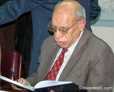 ANDRÉS SOLIZ RADA Abogado y periodista y ex parlamentario. En los últimos 30 años fue uno de los más destacados defensores de los recursos naturales en Bolivia. Fue el primer ministro de Hidrocarburos de la gestión de Evo Morales, cargo al cual renunció a los pocos meses en medio de una discrepancia sobre  ventajas otorgadas por Evo Morales a la trasnacional brasileña Petrobras.