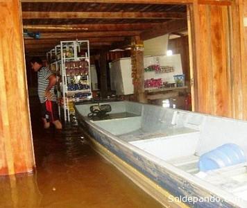 Un establecimiento inundado en el municipio brasileño de Cabixi, en la zona del Itenez-Guaporé. | Foto ©Rondonia o Vivo