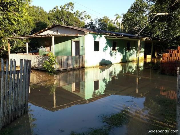 O crescimento rápido no nível do rio é esperado para a região. É comum, porque Assis Brasil fica muito próximo da nascente do Rio Acre, segundo Carlos Gundim.
