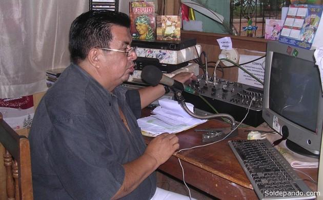 El periodista dirigía radio Riberalta generando una audiencia masiva en la capital de la provincia Vaca Diez del Beni, por su forma coloquial y expresiva de la cultura amazónica de este pueblo. | Foto Archivo Sol de Pando
