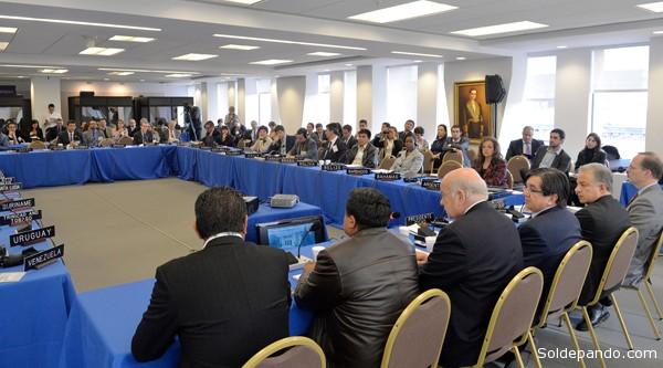El Viceministro boliviano frente al plenario del 55º Periodo Ordinario de Sesiones de la Comisión Interamericana para el Control del Abusos de Drogas (Cicad) de la OEA, realizado en Washington del 29 al primero de mayo. | Foto Vds-Sc