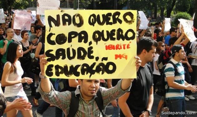 Las protestas contra el Mundial y otras movilizaciones registradas en Brasiltraslucen el interés de un grupo de indignados y políticos de usar esta Copa de Fútbol para llamar la atención y lograr respuestas a sus demandas. | Foto Prensa Latina