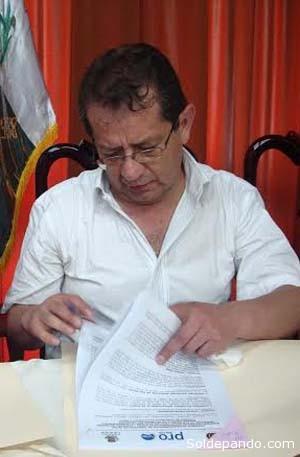 El Director Ejecutivo de Pro-Bolivia, Oscar Alcaraz del Castillo,