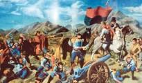 """La Batalla de Aroma, efecto inmediato de la sublevación del 14 de septiembre de 1810, exactamente dos meses después. Nótese en este óleo conservado en la Pinacoteca  Militar, que la bandera de guerra que hacen flamear los combatientes cochabambinos al mando de Estéban Arze y Guzmán Quitón, no es el emblema celeste del Ejército Auxiliar que mandó al Alto Perú la Junta de Buenos Aires.   Según narró Eufronio Viscarra, el choque se produjo en las riberas del río Aroma, a pocos kilómetros de Sica Sica, sobre un terreno donde, """"numerosos conejos semejantes a la liebre (viscachas) establecen en el suelo sus madrigueras en forma de largas y profundas encrucijadas, que se hunden bajo las plantas, produciendo agujeros donde caen fácilmente hombres y bestias. Los españoles, no acostumbrados a pisar un suelo tan accidentado, daban tumbos a menudo, deteniéndose por tal motivo y facilitando el avance de los cochabambinos que evitaban los peligros con su natural agilidad y por el conocimiento que tenían del lugar""""."""