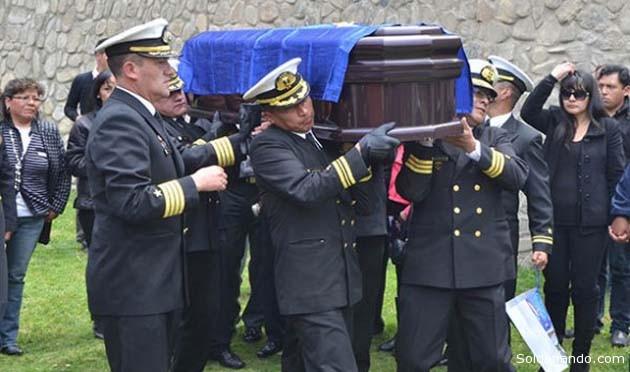 El sepelio de la periodista Liliam Ortega en el Cementerio Jardín de La Paz. | Foto APG