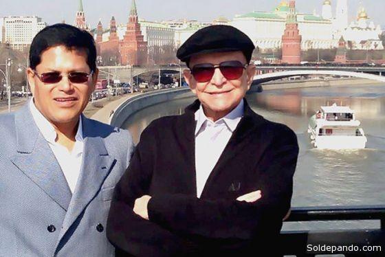 Andrés Guzmán y Olacyr de Morães, en el 2012, cuando acompañaron a la presidenta Dilma Rousseff, con una comitiva empresarial, a un viaje de negocios en Rusia. | Foto Archivo Veja