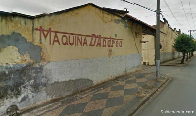 La fachada principal de la fábrica de maquinas agrícolas D'Andréa, sobre la avenida Queiroz de Limeira, São Paulo. Este edificio ubicado en la m isma direcciòn consignada en contrato con papelbol, ha sido subastado en un remate judicial del pasado 30 de abril. | Foto Sol de Pando