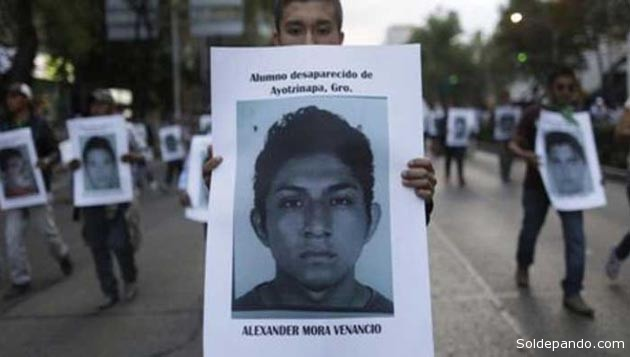 Alexander Mora Venancio, uno de los 43 jóvenes secuestrados por la Policía Municipal de Iguala el 26 de septiembre, fue un estudiante de 21 años de la localidad de Pericón, Tecoanapa.   Foto Telesur