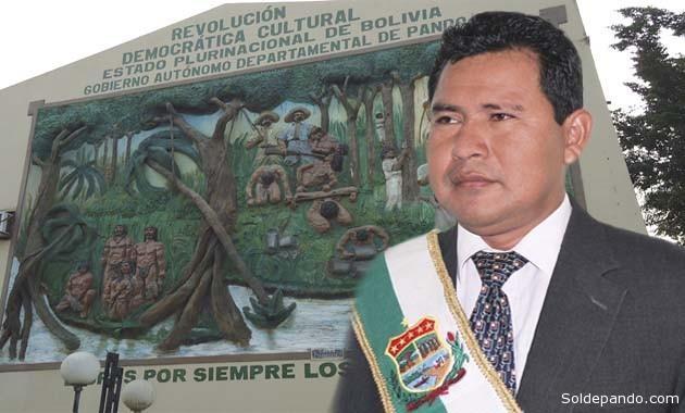 Polanco Tirina asume el cargo transitoriamente hasta mayo del 2015, cuando sea posesionada la nueva autoridad departamental que salga electa el 29 de marzo del próximo año. | Fotomontaje Sol de Pando