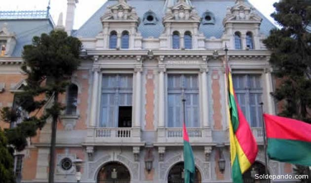 El Edificio Consistorial de La Paz, donde el Concejo Municipal reunirá a los miembros del Jurado de Imprenta. | Foto Archivo