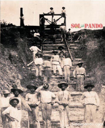 En 1908, otro Ballivián, Adolfo, Delegado en Territorio de Colonias, impulsó las primeras obras urbanas en la naciente Cobija. En la foto zapadores del ejército construyendo las escalinatas del paseo Junín, cerca al Puerto. | Foto Archivo