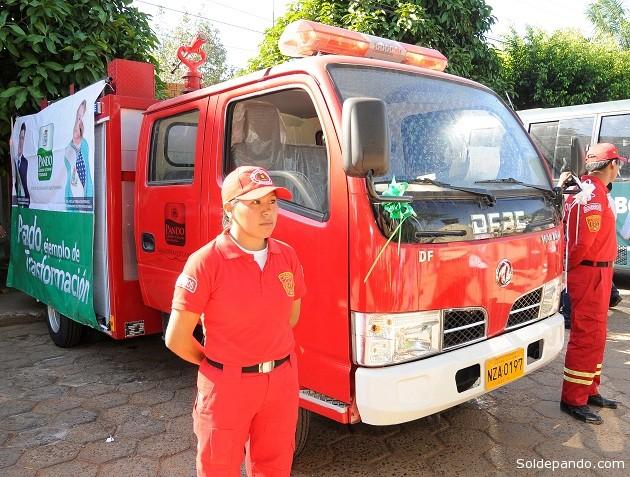 Camión bombero donado por el Gobierno Autónomo Departamental de Pando al Comando Departamental de la Policía. | Foto: GADP