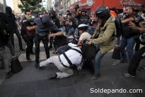 En 2014, México registró el mayor número de agresiones a periodístas según un informe de RSF. Foto AP