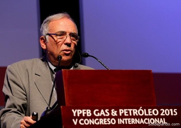 Eduardo Abriata, Gerente Técnico de Petróleo y Gas del Instituto Argentino de Petróleo (IAPG), en el V Congreso Internacional de Gas y Petróleo, realizado en Santa Cruz. |Foto: YPFB