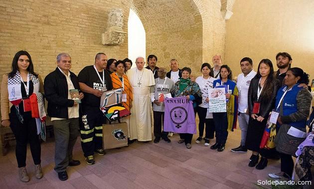 El Primer Encuentro Mundial de Movimientos Populares realizado en Roma, en octubre del año pasado, abordó tres temas centrales: tierra para sembrar, un techo para vivir y un trabajo digno.