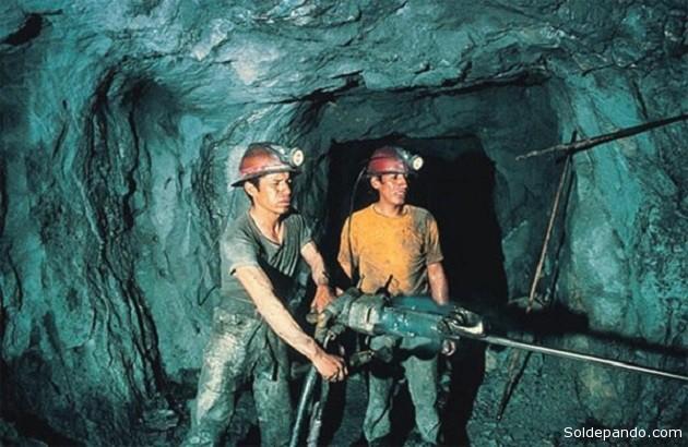 """El sector """"Extracción de minas y canteras"""" es uno de los rubros que impulsa el crecimiento de la economía nacional."""