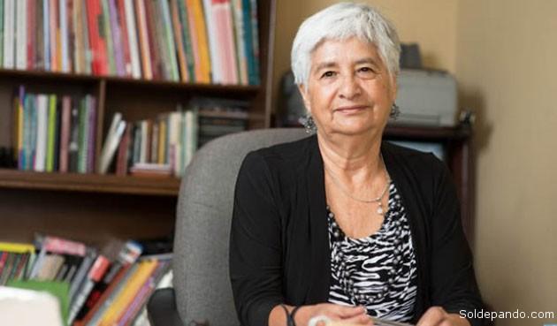 La Dra. Julieta Montaño Salvatierra, Directora de la Oficina Jurídica de la Mujer con sede en Cochabamba. Como reconocida activista y promotora de los derechos de las mujeres y niñas, recibió este año el Premio Internacional Mujer Coraje.