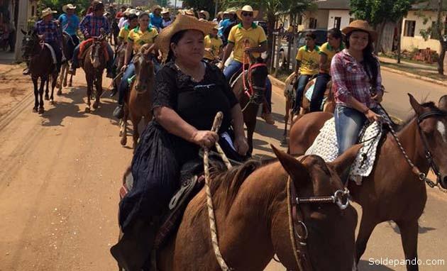 Los ganaderos de Pando en la cabalgata del 4 de octubre, ingresando a Cobija desde los municipios de Porvenir y Bella Flor.   Foto Prensa GAPD