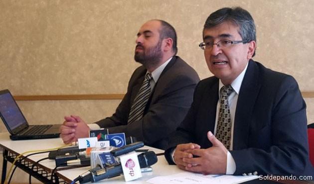 José Antonio Sivilá, Secretario Ejecutivo de Asofin, explicando el actual panorama microfinanciero.   Foto ANF