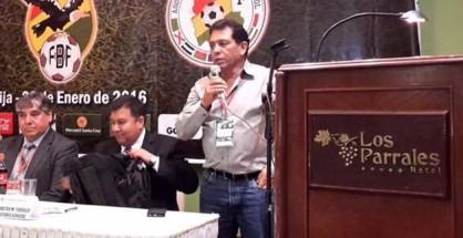 López propugna también jerarquizar el status de los jugadores naturalizados que visten la casaca nacional. | Foto FBF
